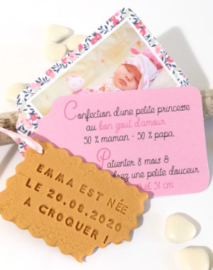 "Faire-part ""biscuit"", étiquette fille"