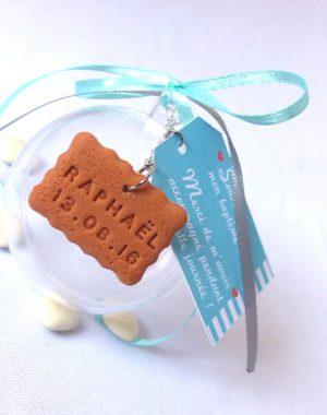 Boule en plexiglass pour dragées, thème biscuit & gourmandise.