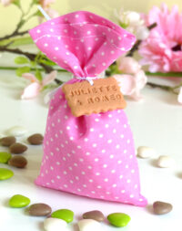 Sachet de dragées pour mariage, pois rose ou fushia