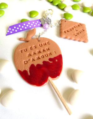"""Porte-clés biscuit """"pomme d'amour"""""""