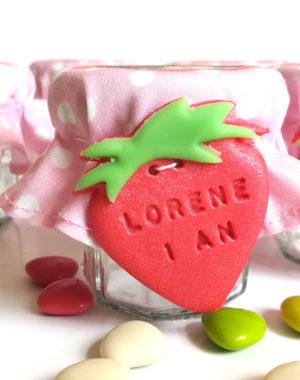 """Petit pot de dragées, thème """"fraise"""""""