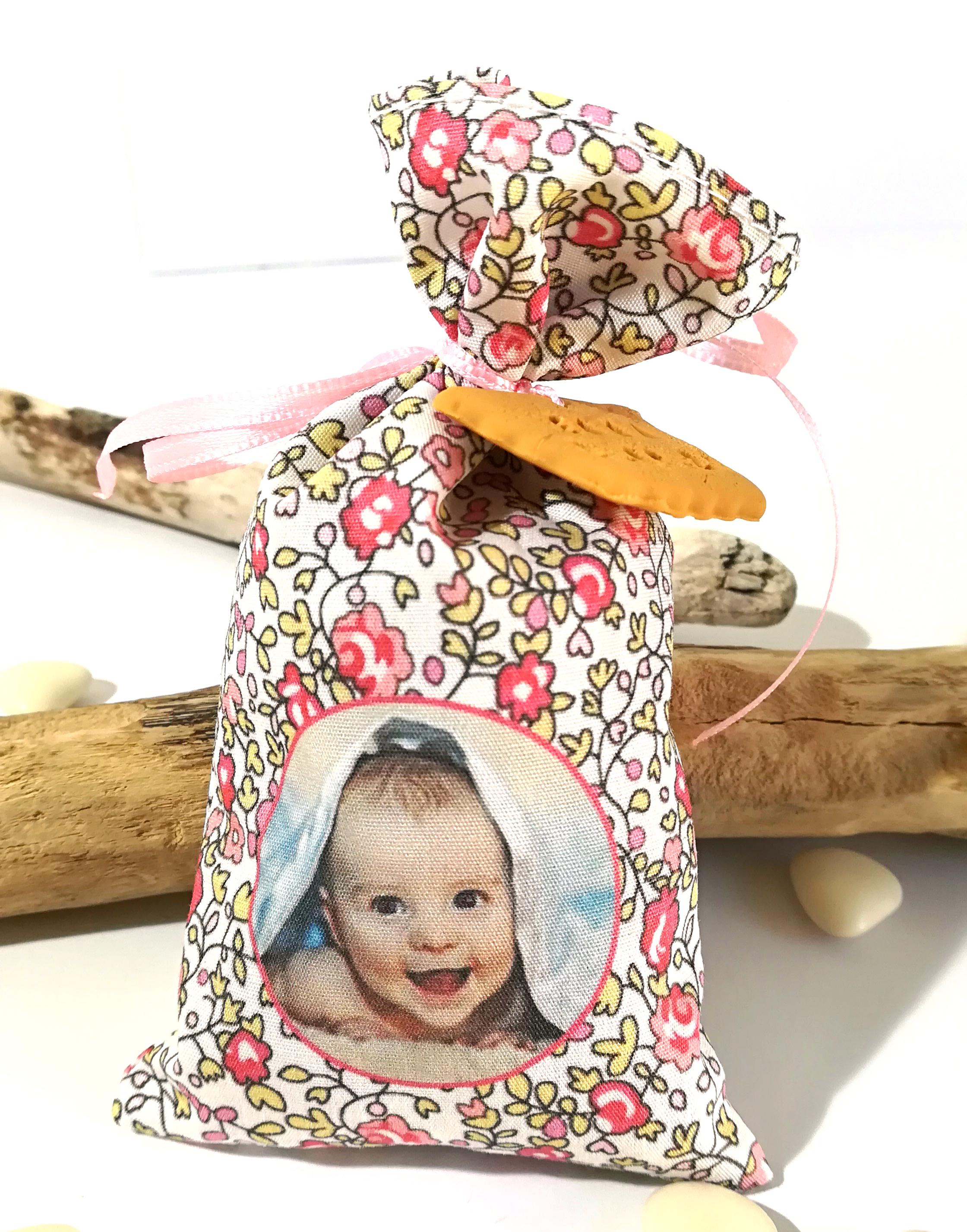 Sachet de dragées, thème liberty – Personnalisé avec texte/photo de bébé