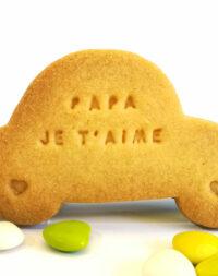 """Biscuits """"voiture personnalisée"""" : """"bonne fête papa"""""""