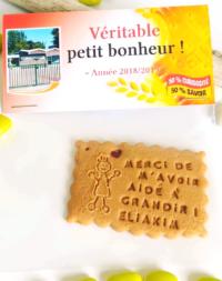 """Biscuit aimanté avec emballage personnalisé """"spécial maitresse"""""""
