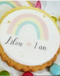 """Biscuit personnalisé thème """"arc en ciel"""""""